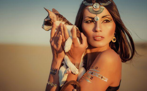 Herkesin Merak Ettiği Kleopatra'nın Güzellik Sırrı