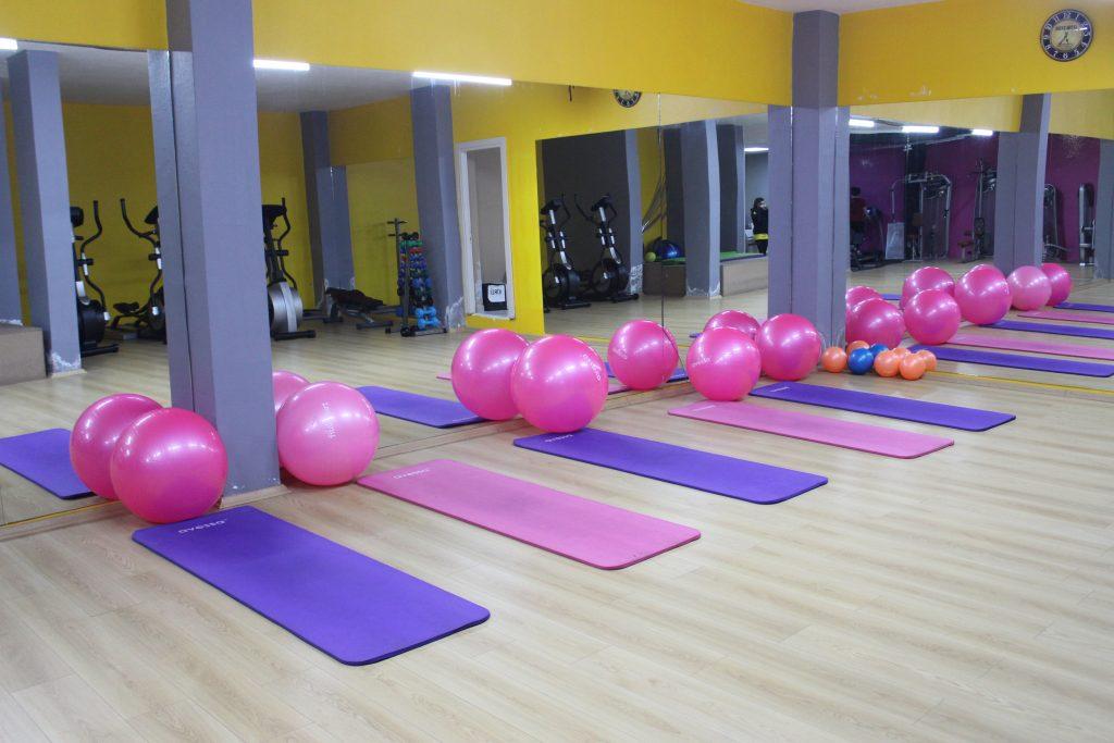 lotus-gym-for-ladies-spor-salonu-bayan