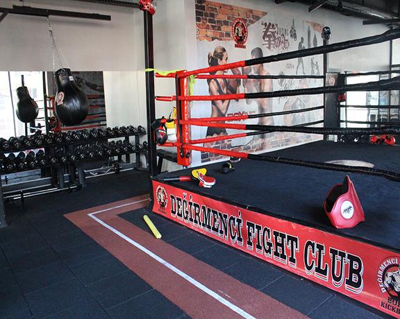 Değirmenci Fight Club Kick Boks dersleri